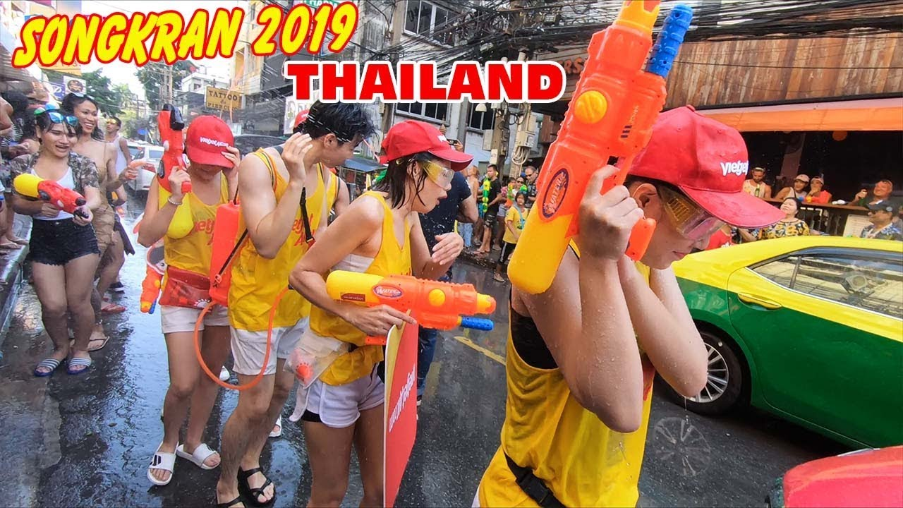 cai-ket-chien-binh-vac-sung-dot-nhap-le-hoi-te-nuoc-thai-lan-songkran-2019