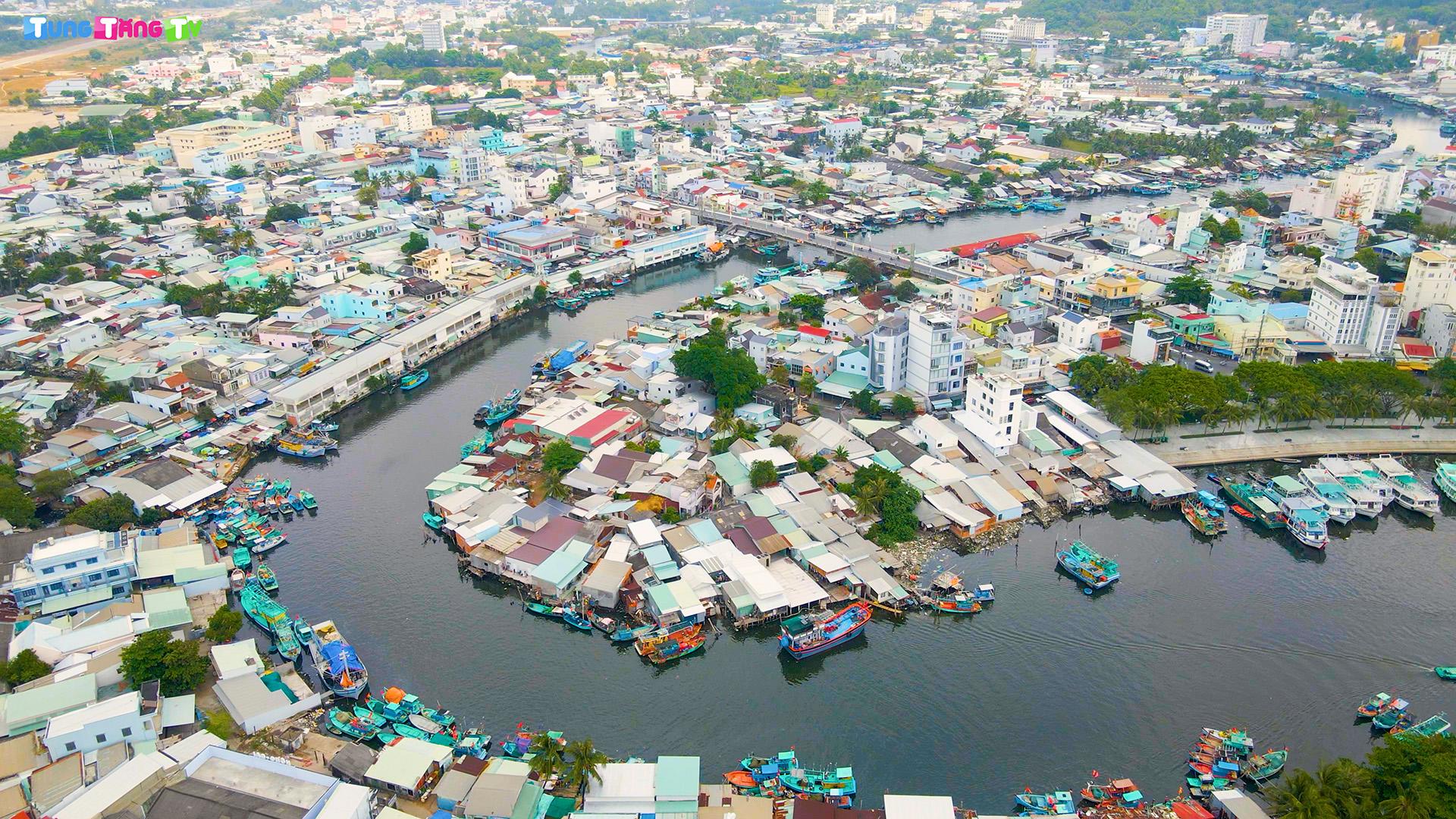 CHỢ DƯƠNG ĐÔNG PHÚ QUỐC: Trải nghiệm Thiên đường Hải sản lớn nhất Đảo Thiên Đường
